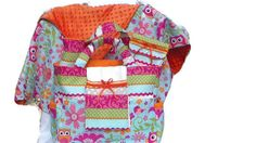 Diaper Bag Set....Great for any baby shower gift!