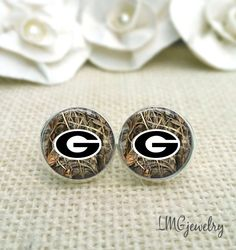 University of Georgia Earrings, Georgia Bulldog Earrings, UGA Jewelry, UGA Earrings by LMGjewelry on Etsy