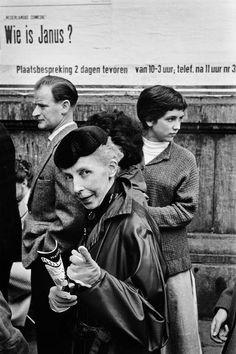 Leonard Freed, Waiting in line for theater tickets, Amsterdam, Netherlands, © Leonard Freed/Magnum Photos Double Exposure Photography, Free Photography, Color Photography, Leonard Freed, Edward Weston, Robert Doisneau, Janus, Minimalist Photography, Wedding Tattoos
