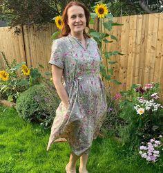A lovely #honeycombdress #cwhoneycombdress made by Emma! A very talented sewist based in the UK #cocowawapatterns #sewing Pdf Sewing Patterns, Dress Patterns, Shirt Dress Pattern, Bodice, Short Sleeve Dresses, Shirts, Fashion, Moda, Dress Making Patterns