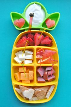 Try this #fun #kiddie #nibble #tray with #balanced #treats