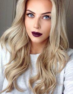 Pin by Nikole Kelly on hair color Dark Blonde Hair Color, Cool Blonde Hair, Blonde Beauty, Hair Beauty, Sublime Creature, Short Grey Hair, Stunning Eyes, Beautiful Redhead, Great Hair