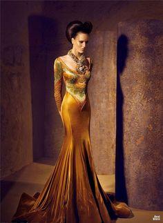 Very Liz Taylor/Cleopatra. Nicolas Jebran 2011/2012 » BestDress - cайт о платьях!