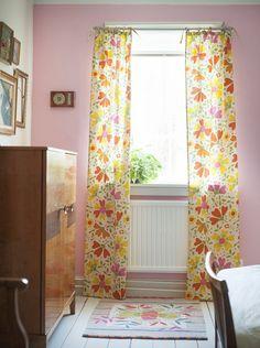 Gudrun Sjödéns Sommerkollektion 2015 - Mit den Gardinen in dem farbenfrohen Muster hast du auch trotz Unwetter Licht und Sonne in deinem Zimmer!