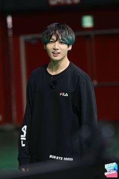 Run bts 101 ep. Jungkook Cute, Bts Bangtan Boy, Jungkook Fanart, Foto Bts, Busan, Jikook, K Pop, Taehyung, Namjoon