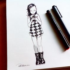 Keep taking selfies, keep inspiring me. Pic as a reference found in @nene.core Followers or not, in my free time I surf on Instagram to find something to draw. Something that got my attention such as poses, expressions, outfits or haircuts, I mean, something real! Alive! Life inspires me! Good Sunday, gang! #selfie #punk #girls