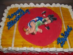 Love this wrestling cake! It would have to be after the season. #wrestling #cuttingweightsucks
