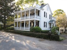 Classic Charleston Single house in Mount Pleasant, SC from 124Mary.com
