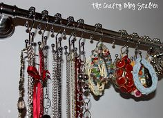 How to Make a Towel Bar Jewelry Hanger - Organize your jewelry on a towel bar and shower hooks. It is the perfect Jewelry Hanger. Jewelry Organizer Wall, Jewelry Hanger, Jewelry Organization, Organization Hacks, Necklace Hanger, Organizing Tips, Organising, Cleaning Tips, Jewelry Trends