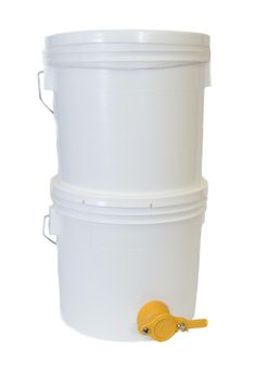 Bucket Strainer System from Bee Thinking