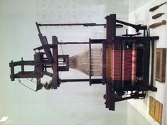 don't know what kind of loom this is ... a previous pinner said Jacquard?