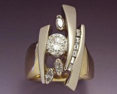 14ky and w gold wedding ring with Diamonds