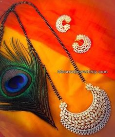 Mangalsutra is a piece of mandatory and traditional jewelry, and it is now seen as fashionable. Diamond Mangalsutra, Gold Mangalsutra Designs, Gold Jewellery Design, Vintage Jewellery, Antique Jewelry, Bead Jewellery, Jewelry Necklaces, Gold Jewelry Simple, Silver Jewelry
