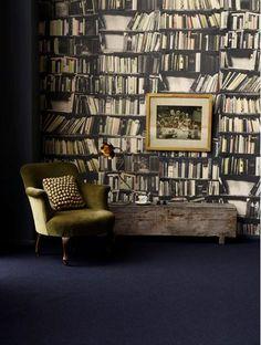 Papel de parede para quem não quer ter o trabalho de cultivar uma biblioteca. Eu ainda prefiro o original.