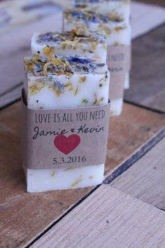 jabón favores de la boda favores de la ducha por BrowniesandGinger