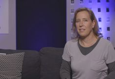 According to Wojcicki, an algorithm is what is responsible for figuring out which videos end up on the trending page, however she admitted that human beings are involved to some extent. Content Marketing, Social Media Marketing, Technology Articles, Trending Videos, Co Founder, Sheds, Mindset, Blogging, Infographic