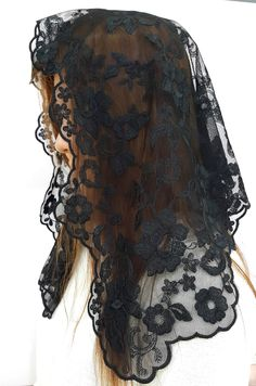 Anna Veils Chapel Catholic Veil Spanish Lace Mantilla Medium - Margaret (Black)