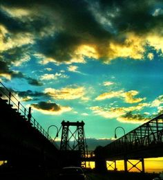 Sunset over Williamsburg bridge, Brooklyn NY.