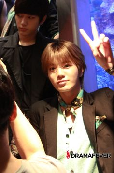 Infinite gives major fan service at MTVK's pre-show in NYC: Sungjong