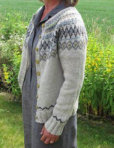 Ravelry: toppen's Jakke med rundt mønster Fair Isle Knitting Patterns, Crochet Projects, Ravelry, Knit Crochet, Men Sweater, Pullover, Embroidery, Craft, Sweaters