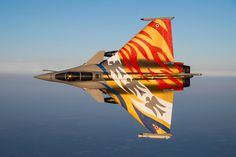 French Air Force is also ready for Nato Tiger Meet ! Rafale Air from Fighter Squadron Military Jets, Military Aircraft, Fighter Aircraft, Fighter Jets, Rafale Dassault, Photo Avion, Dassault Aviation, Aircraft Painting, Airplane Art