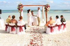Wedding At Sandals Royal Bahamian