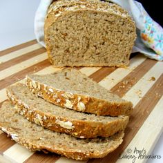 Multigrain Bread I had a craving for BLTs the other day, but I didn't want them on just any bread. I wanted them on a thick, rustic piece of multigrai… Bread Machine Recipes, Bread Recipes, Snack Recipes, Yummy Recipes, Vegan Recipes, Snacks, Bread Bun, Yeast Bread, Wheat Bread Recipe