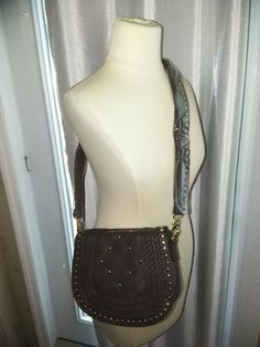 Women's brown hobo shoulder bag new with tags! Approximately lengthwise strap is NOT adjustable Gypsy Style, Bohemian Style, Boho Chic, Header, Chic Fashionista, Brown Eyed Girls, Bohemian Accessories, Hippie Gypsy, Stuffed Eggs