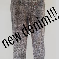 New #level99 #denim at the Boutique!!! #dhalia #flare #celtic #velvet #black #skinnyjeans #ruby #skinnies #fall #fashion