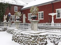 Lysko House Beds, Bed And Breakfast, Cosy, Outdoor, Beautiful, Outdoors, Outdoor Games