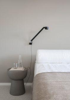 10 Stylish bedside t