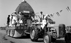 The #Indian #RepublicDay Parade in 1952. As a young country, India's focus was on 'Youth and Progress' and #agriculture was integral to this. The Ferguson brand of tractors, which went on to become #MasseyFerguson #tractors manufactured by TAFE today, were vital to the event. These pictures stand testimony to the role of agriculture in building the modern India and by extension, #TAFE's role of ushering in #FarmMechanization. Read more on TAFE CAFE.