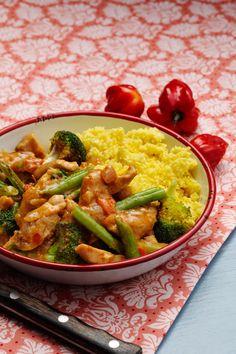 Curry Chicken with Cauliflower Rice