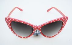 NEW KISS VINTAGE RETRO CAT EYE RED FRAME WOMEN SUNGLASSES 100%UV + FREE POUCH