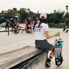 All girls skate date