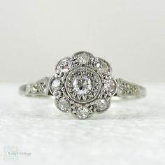 1920s Diamond Engagement Ring, Daisy Shaped Diamond Cluster. Art Deco Diamond Ring in White Gold & Platinum.
