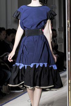 Yves Saint Laurent Spring 2011 - Details