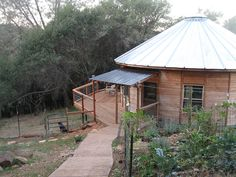 Round House Plans, Yurt Home, Yurt Living, Yurts, Camping Glamping, House In The Woods, Gazebo, Photo Galleries, Exterior