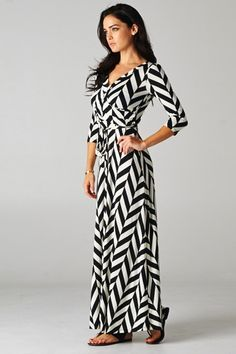 Hannah Jane Boutique www.hannahjaneboutique.com Cutest Maxi Dresses! Only $44.99 #maxidress #chevron #houndstooth #dress #blackandwhite