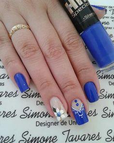 Eyeliner, Holiday Nails, Winter Nails, Cute Nails, Hair Beauty, Nail Art, Vest, Blue Nails, Nail Arts
