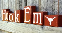 Hook Em Blocks - Longhorns - College - UT - Custom - Texas - Personalized - Sign - Shelf - Team - Name - University - Football