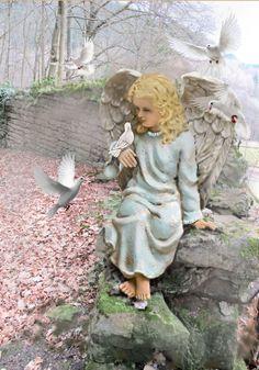 Medium Art, Mixed Media Art, Garden Sculpture, Illustrations, Facebook, Wall, Outdoor Decor, Home Decor, Paintings