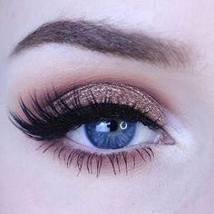 "A little Sunday glam ✨ @tartecosmetics Tartelette in Bloom palette • @litcosmetics Modern Love glitter (use code ""KAYLAHAGEY"" for 20% off) • @inglot_usa 77 gel liner • @wetnwildbeauty Max Fanatic mascara • @esqido Voila lashes • @anastasiabeverlyhills Chocolate brow powder duo"