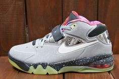 870f600180e9 Nike Air Force Max 2013 Raygun (aka Area 72) Detailed Pictures