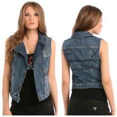 GUESS DENIM MOTO VEST IN CROQUET WASH This denim vest channels outlaw attitude Made with traditional 100% cotton indigo denim, this denim vest features a slim fit and a sexy-meets-rugged moto vibe. It's washed to a medium indigo shade and finished with allover hand distressing and defining multi-stitch detail. Pre-loved ! No major signs of wear.  •Slim fit.  • Multi-stitch detail at front yoke. All over distressing. Slanted zipper pockets.  • Front zipper closure plus two snaps at hem • 100%…
