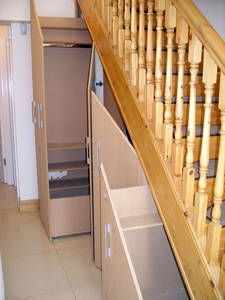 Under stairs storage Love the drawers. hate the material used and hate the stair railing Small Space Interior Design, Interior Concept, Interior Design Living Room, Basement Storage, Stair Storage, Home Michael Buble, Fantasy House, House Stairs, Under Stairs