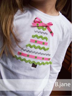 A simple tree tee made from ribbon scraps.                          Gloucestershire Resource Centre http://www.grcltd.org/scrapstore/