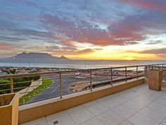 Portico 205 - This luxurious two-bedroom apartment known as Portico 205, is situated in the tranquil area of Bloubergstrand. Located on the second floor in an apartment complex, this property offers breath-taking views ... #weekendgetaways #bloubergstrand #southafrica