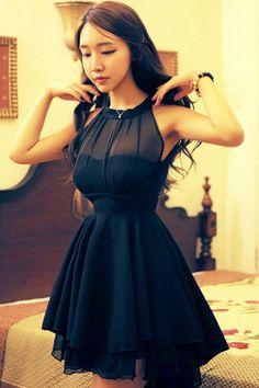Features:  Color:Black,Rose  Material : Gauze  Size: M,L  M: Skirt Length: 82cm Bust: 88cm Waist: 70cm Shoulder: 23cm (bare shoulders)  L: Skirt Length: 84cm Bust: 92cm Waist: 76cm Shoulder: 23cm (bare shoulders)