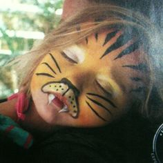 Tiger Halloween make up